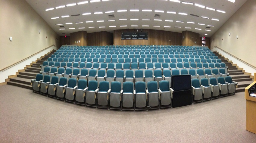 auditorium-572776_850x475